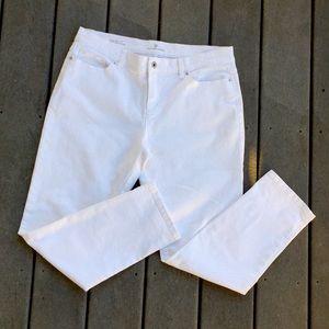 Liz Claiborne City Fit cropped straight leg jeans